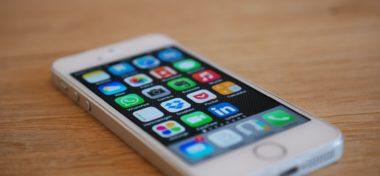 Apple výrazně zvýšil ceny iPhonů a MacBooků v ČR