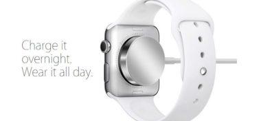 Apple dodává k Apple Watch Sport plastovou nabíjecí koncovku!