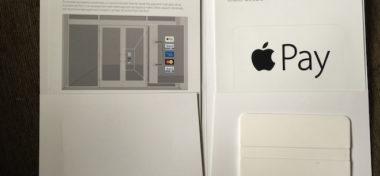 Podívejte se, jak vypadá balení samolepek Apple Pay