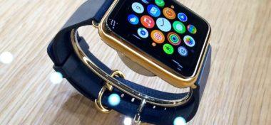 Podívejte se na balení Apple Watch