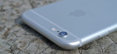 iPhone v České republice prostě letí