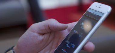 Věděli jste, že modré světlo z Apple může způsobit slepotu?